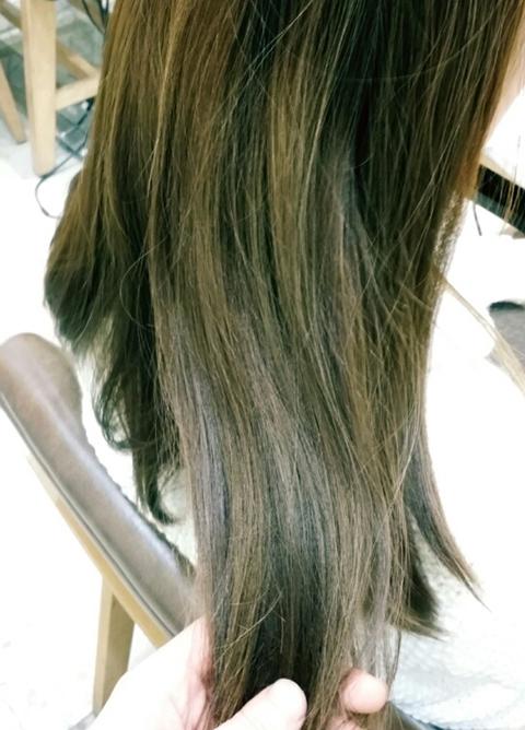 髪にハイライトが!!