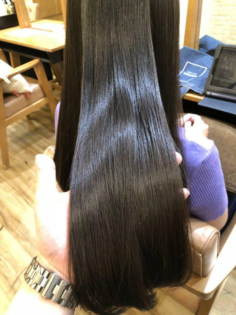 【癖が伸びるトリートメント】で髪質改善も可能。
